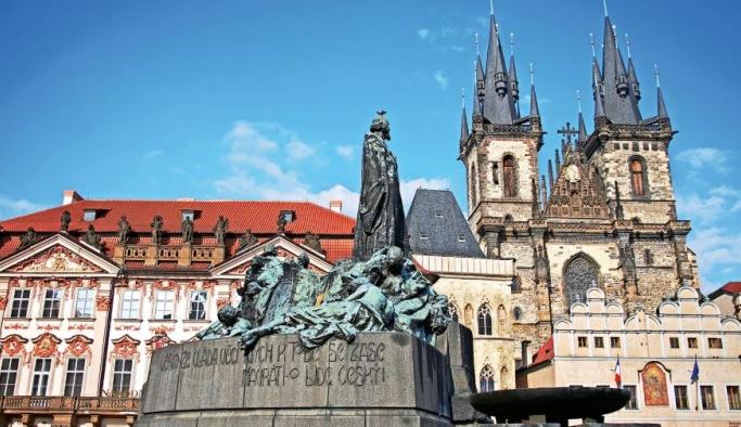 Yağmur parmaklı Prag!