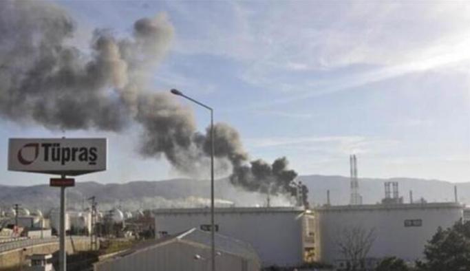 Tüpraş İzmit Rafinerisinden dumanlar yükseldi