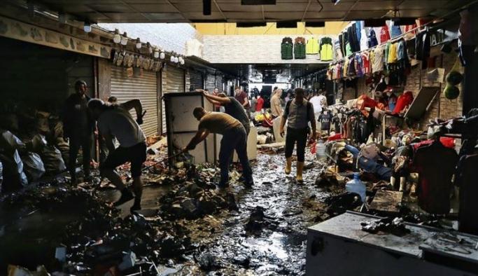 İstanbul'da sağanak yağışın ardından temizleme çalışmaları sürüyor