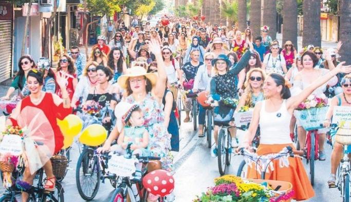 İzmir'li kadınların geleneği Berlin'e taşındı