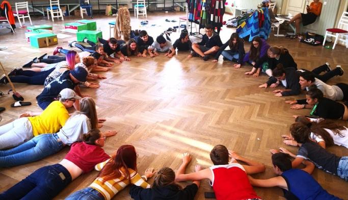 Karşıyaka belediyesi'nden kültürlerarası paylaşım organizasyonu
