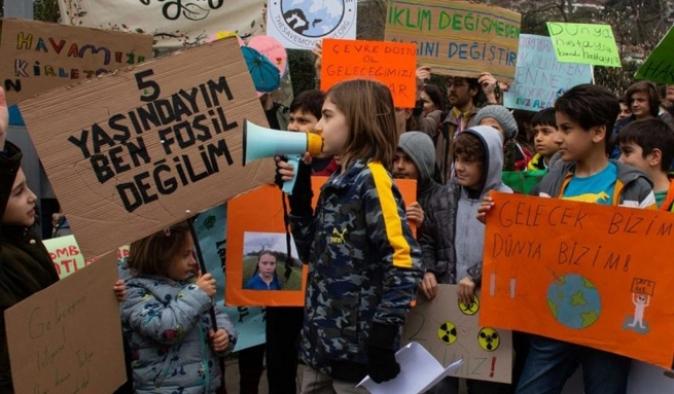 Küresel İklim Grevi: Türkiye dahil 139 ülkede eylemler düzenlendi