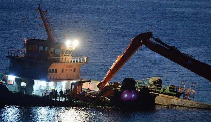 Türk gemisi, Bozcaada açıklarında karaya oturdu