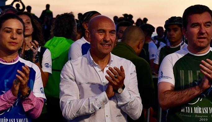 İzmir'e renk katan organizasyondan 1600 fidan bağışı