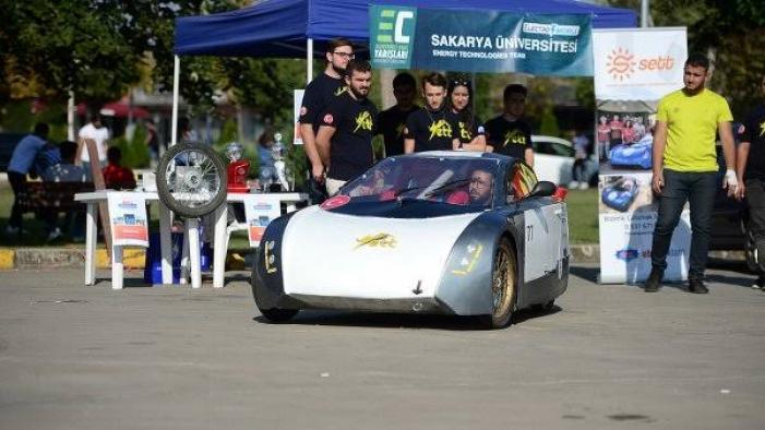 Sakarya Üniversitesi öğrencilerinden çevre dostu araç