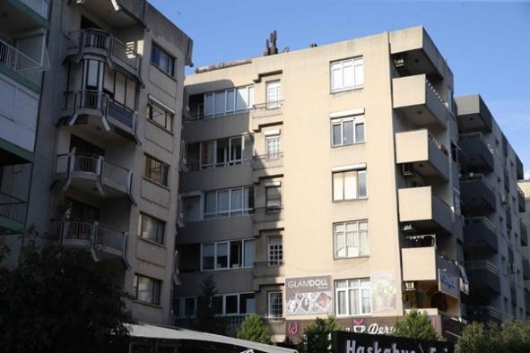 İzmir Bostanlı'da yatık binaların durumu netleşti