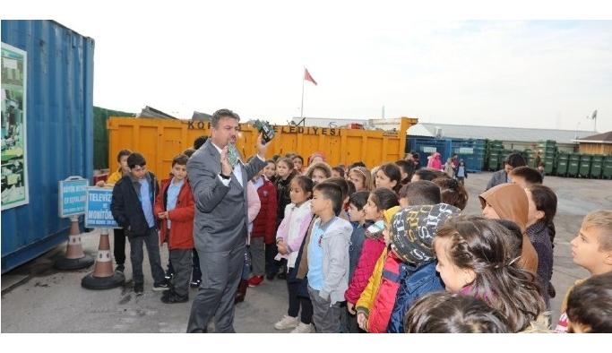 Atık Merkezi'nde çocuklara çevre eğitimi