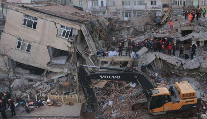 Elazığ'da acil yıkılacak binaların listesi yayınlandı!
