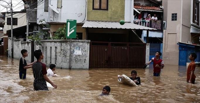 Sel felaketinde ölenlerin sayısı 53'e yükseldi
