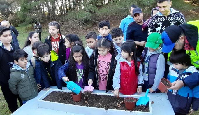 İzmir ormanlarının fidanlarını çocuklar yetiştirecek