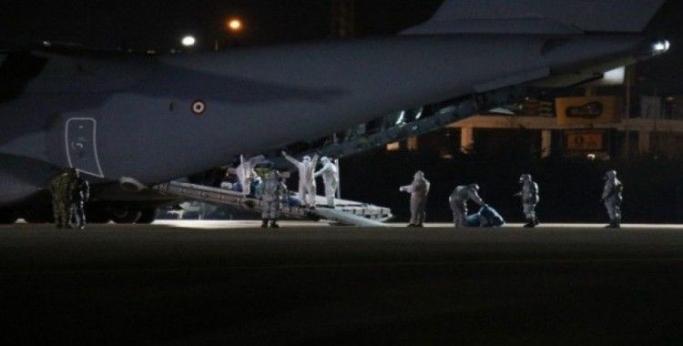 Türk vatandaşlarını Vuhan'dan getiren uçak yurda döndü