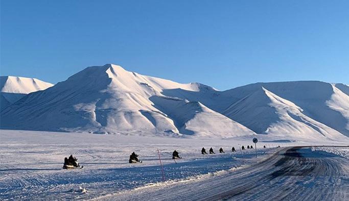 Kuzey Kutbu arasında yer alan Svalbard Takımadaları'ndaki sıcaklıklarda rekor artış