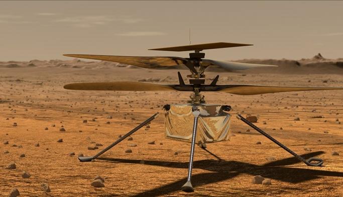 Başka gezegende uçacak ilk hava aracı uzayda şarj ediliyor