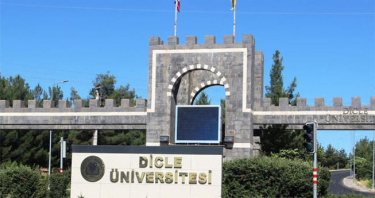 DÜ, Diyarbakır'da sıfır atık belgesi alan ilk eğitim kurumu oldu