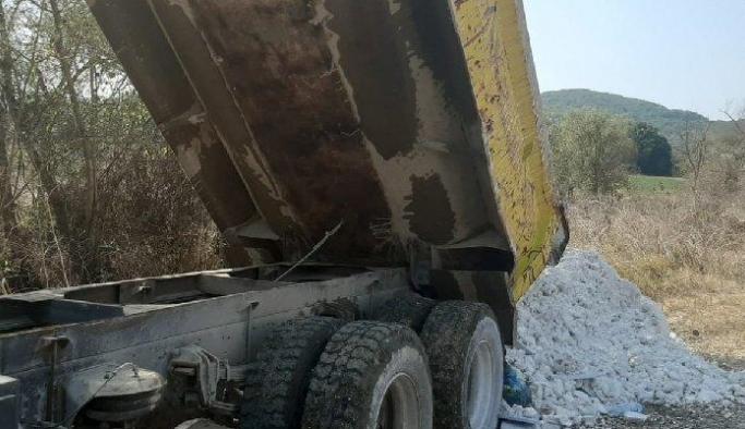 Hafriyat dökerek çevreyi kirleten şirkete 265 bin lira para cezası!