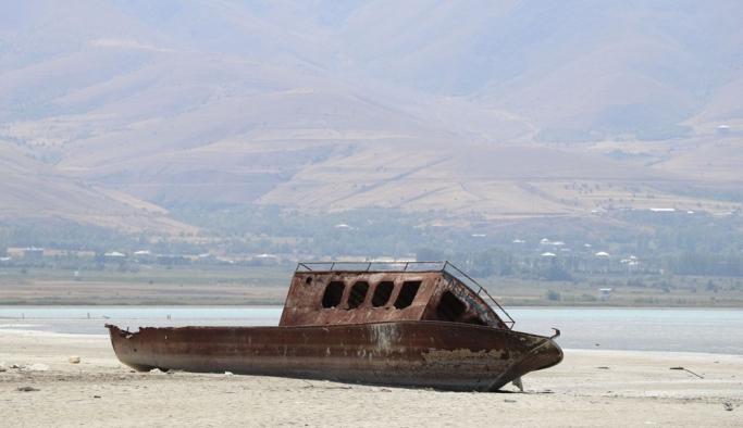 İklim değişikliğiyle Van Gölü büyük tehlike altında
