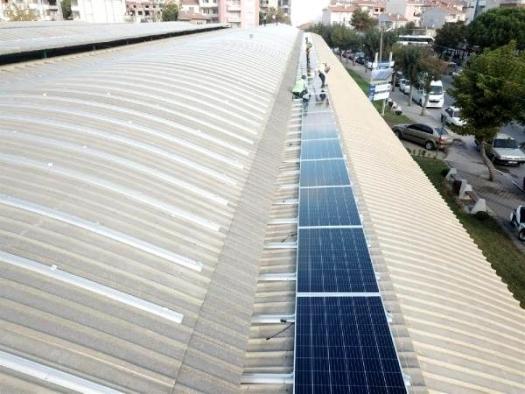 Pazar yerlerinin çatılarında GES'ler ile elektrik üretilecek