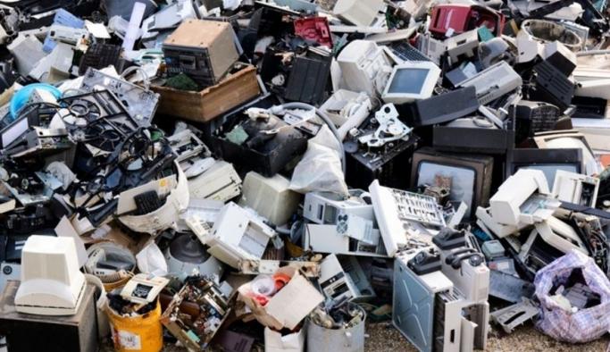 Türkiye'de evsel kaynaklı yıllık e-atık miktarı yaklaşık 92 bin ton
