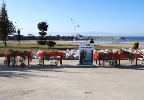 Beyşehir Gölü'nden 470 hayalet ağ çıkarıldı