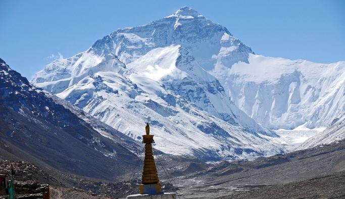 Dünyanın en yüksek dağı'nın boyunun 86 santimetre daha uzun olduğu ortaya çıktı