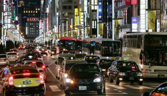 Japonya'da dizel ve benzinli araçların satışı yasaklanacak