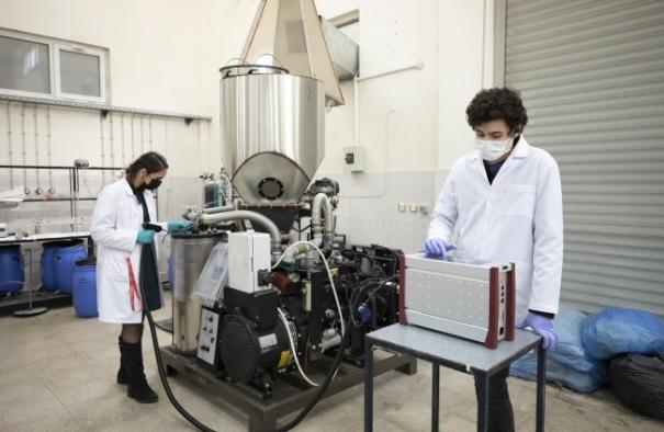 Dokuz Eylül Üniversitesinde atık çamurdan elektrik ve gaz üretiliyor