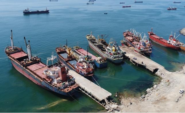 Marmara 'Hayalet gemi'lerden temizleniyor