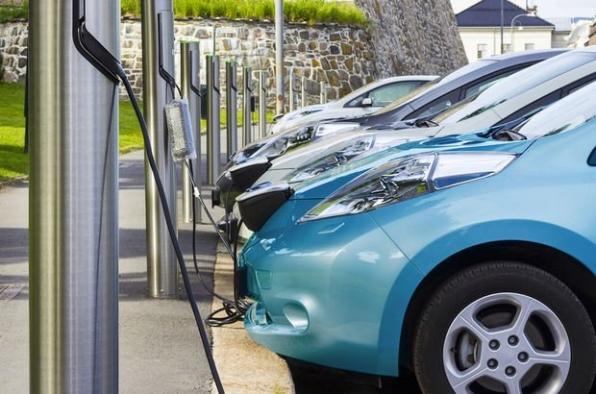 Batarya fiyatında büyük düşüş: Elektrikli araçlar daha da ucuzlayacak