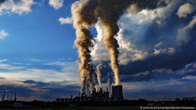 Küresel karbon emisyonları yeniden artışa geçti