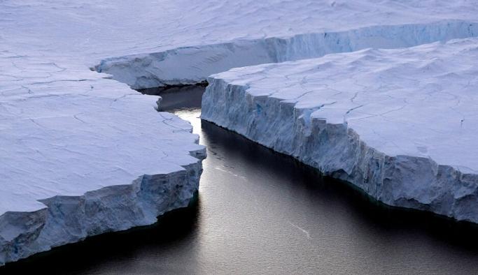 Buzullar eridi, Dünya'nın ekseni kaydı