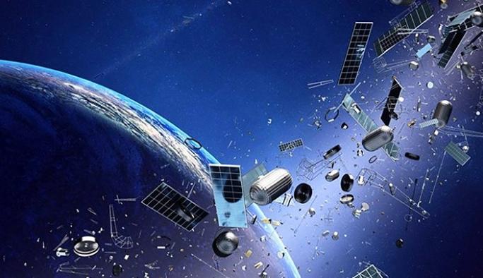 Dünya yörüngesindeki uzay çöplerini toplamak için fırlatma görevi gerçekleştirildi