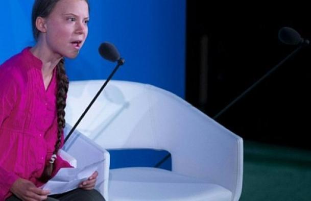 İklim Zirvesi'nde konuşan Greta'dan dünya liderlerine sitem!