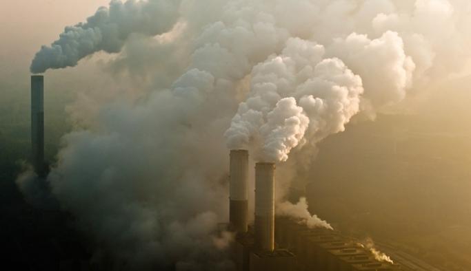 İngiltere'den karbon emisyonunu hedefi:  2035'e kadar yüzde 78 azalacak