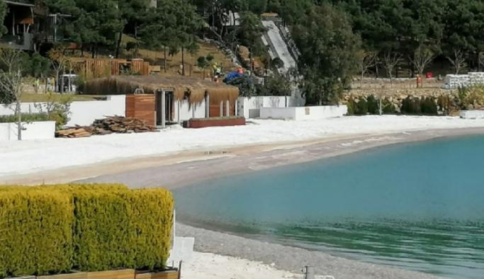 Plaja kuvars ve mermer tozu döken iki otele 575 bin lira ceza