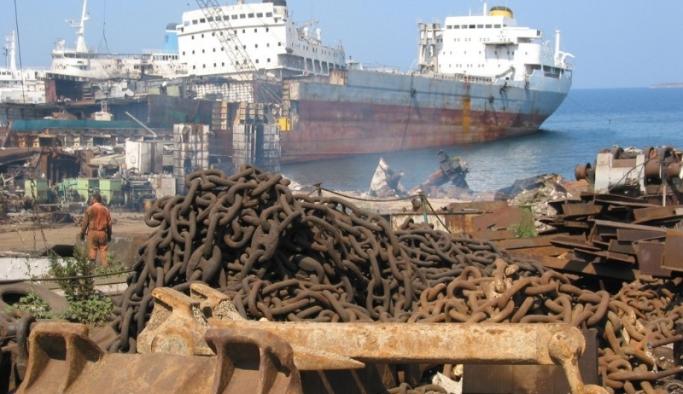 Aliağa dünyanın gemi çöplüğü oldu