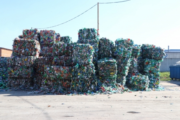 Atık plastik ambalaj ithalatına yasak kararı 28 gün sonra uygulanmaya başlanacak