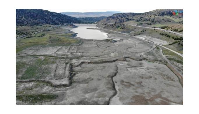 Çorum'da 11 milyon metreküp rezerve sahip barajda 305 bin metreküp su kaldı