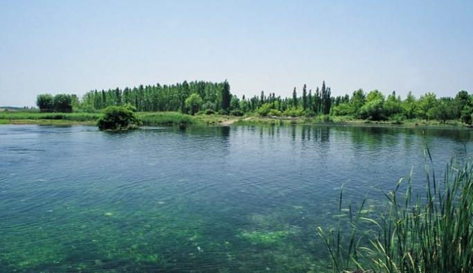 Işıklı Gölüne kanalizasyon boşaltılıyor