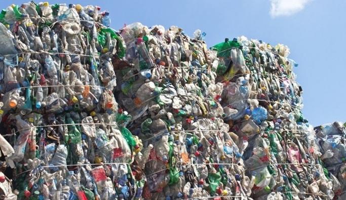"""""""Türkiye'nin ithal ettiği plastik çöp miktarı 173 kat arttı"""""""