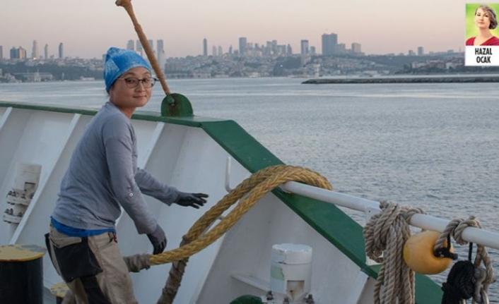 Greenpeace'in buzul kıran gemisi Marmara İçin İstanbul'da