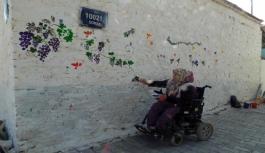 Festival öncesi Kavacık duvarları rengarenk oldu