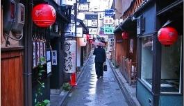 Japonya sokaklarının temizlik sırrı nedir?