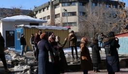 İran'dadeprem: Van ve çevre illerde de hissedildi!