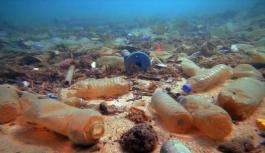 Su altındaki kirliği anlattığı kısa filmini dünyaya izletti