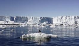 Kuzey Kutbu'ndaki buzulların 2035 yılına kadar eriyebilir!