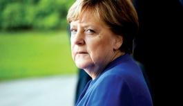 Angela Merkel 2034'te hâkim karşısına çıkarıldı!