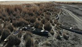Eber Gölü'ndeki suların çekilmesiyle kayık mezarlığı oluştu