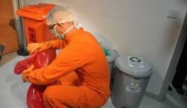 Tıbbi atık toplayıcısı dahil olmak üzere 40 mesleğe daha belge zorunluluğu getirildi