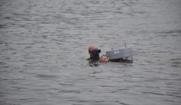 Marmara Denizi'nin oksijen seviyesini artırması planlanan cihazlar denize bırakıldı