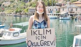 'Yerli Greta'dan Marmara için çağrı: Deniz kirliliğine dur demeliyiz